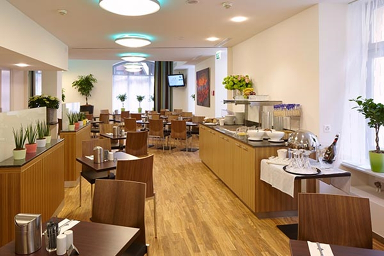 Cafe-Bar-Lounge Hotel Ador Bern