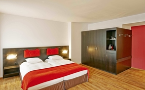 Superior Double Twin bed hotel room in Sorell Hotel Tamina Bad Ragaz