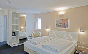 Double twin bed room in the Sorell Hotel City Weissenstein St. Gallen