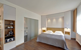 Standard double twin bed hotel rooms in Sorell Hotel Rütli Zurich